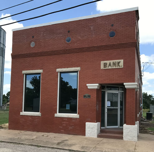 A historical narrative of the bank in Windom - North Texas e ... on