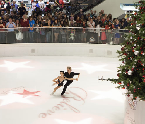 galleria dallas hosts holiday celebration as big and bold as texas