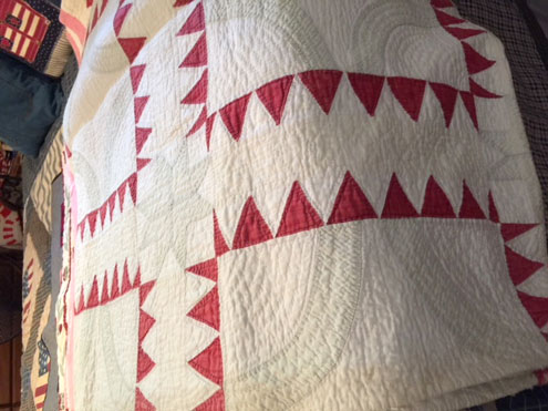 Colorful quilts on display in Honey Grove - North Texas e-News