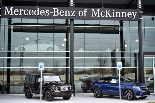 Mercedes benz of mckinney thriving at new state of the art for Mercedes benz dealers in texas