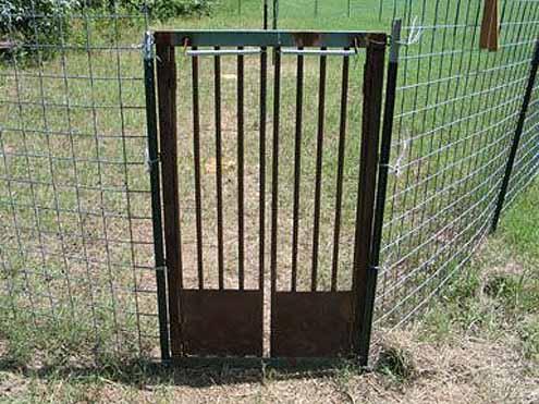 Hog Trap Door A better feral hog trap When